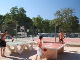 camping jeux sport hyeres